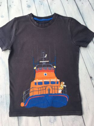 Mini Boden applique rescue boat tshirt age 9-10